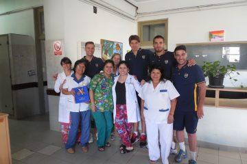 Acción solidaria de Boca en un hospital