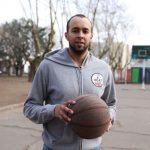 Nico Lauría entre el básquet y la política